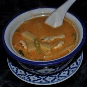 N°34 : Potage de poulet pimenté au lait de coco